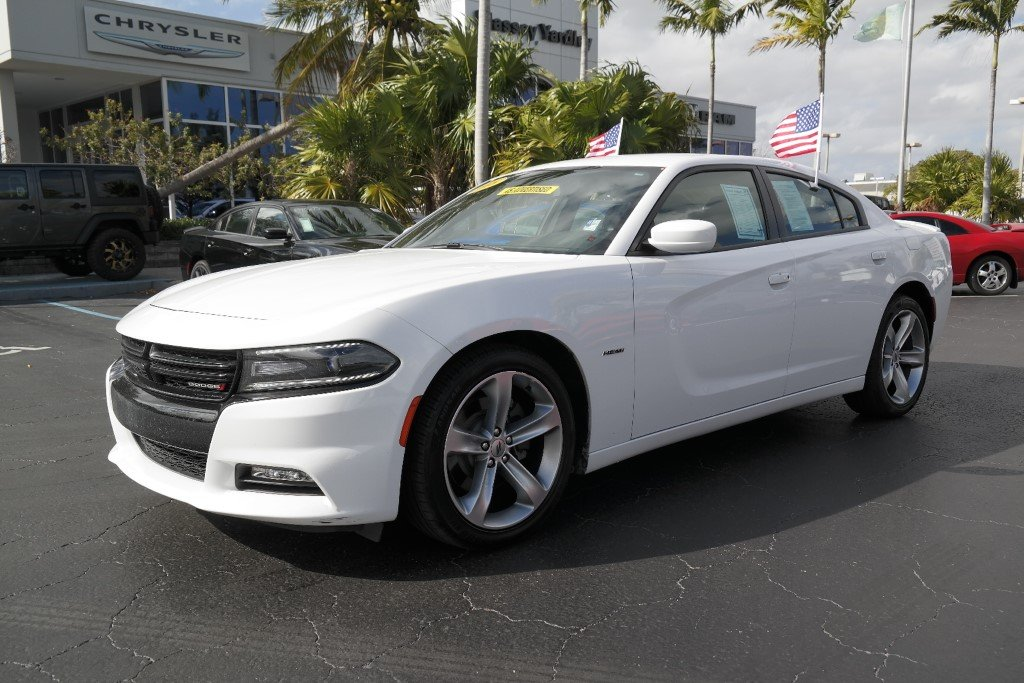 Pre Owned 2018 Dodge Charger R T